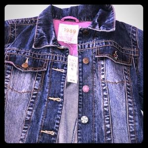 Girls jean jacket **BRAND NEW WITH TAGS 🏷 **